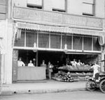 California Market, 1917-1919 (3-21-129)