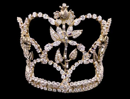 Tournament of Roses royal crown