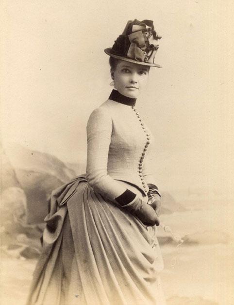 Eva Scott Muse, circa 1884, photo by Julius Ludovici's Photographic and Crayon Studios, Newport, Rhode Island. (FCP.38.1.5b)