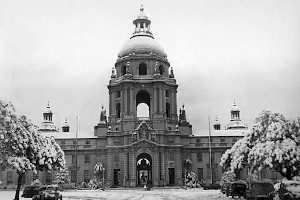 Pasadena City Hall in the snow, 1949. photo by William Hart (Main Photo Collection, C14-B9)